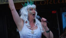 SHIRLRY KNOT THE SIREN:  at Camden Cabaret